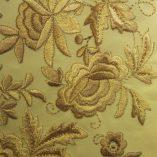 manton-bordado-marfil-detalle