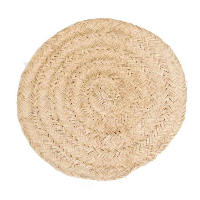 Estera o alfombra trenzada a mano con esparto pindongas for Donde venden alfombras