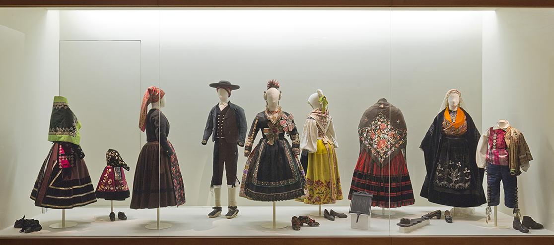 exaltacion riqueza museo del traje